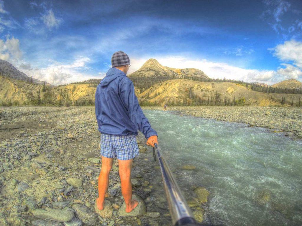 Flussüberquerungen in Unterhosen