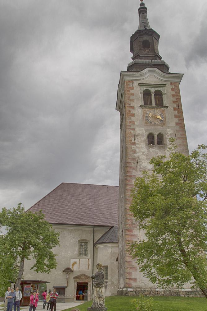 Die Marienkirche mit Glockenturm